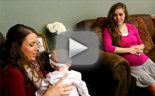 Jessa and Anna Duggar Bond on Vacation