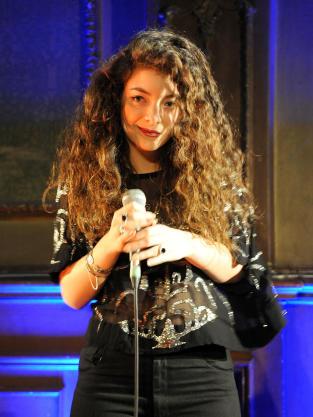 Lorde Singer