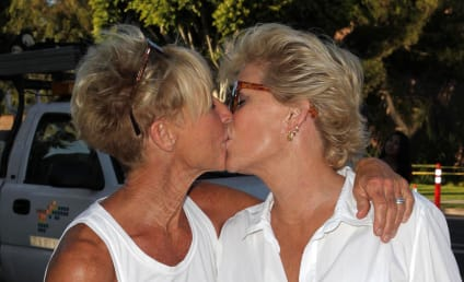 Meredith Baxter and Nancy Locke: Married!