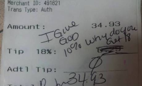 Minister SHAFTS Waitress With A$$hole Note on Receipt