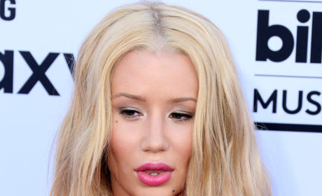 Iggy Azalea: It's My Label's Fault My Career Sucks!