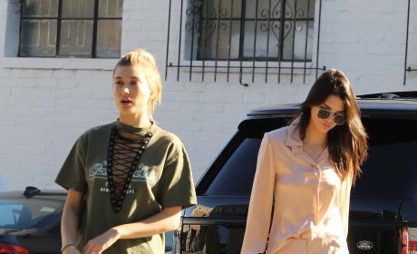 Kendall Jenner, Salma Hayek's Boobs & More: Star Sightings 11.23.15
