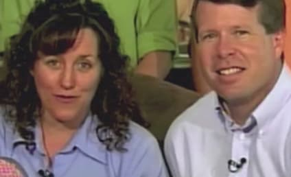 Michelle Duggar Reads to Unborn Baby at Memorial Service: First Listen!