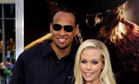 Hank Baskett: Cheating on Kendra Wilkinson With Transsexual Model Ava Sabrina London?