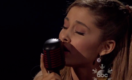 "Ariana Grande Strips Down ""Tattooed Heart"" at American Music Awards, Brings Down the House"