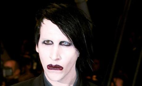 Evan Rachel Wood: Hot. Marilyn Manson: Pale.