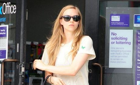 Amanda Seyfried: No Makeup, Still Hot!