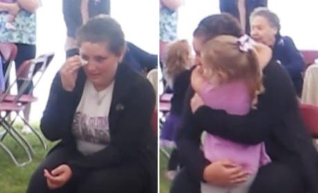 4-Year Sings to Cancer-Stricken Mother, Brings Entire Internet to Tears