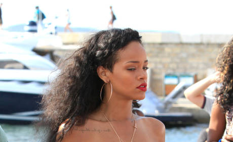 Rihanna and Chris Brown DID Party Together, Source Says