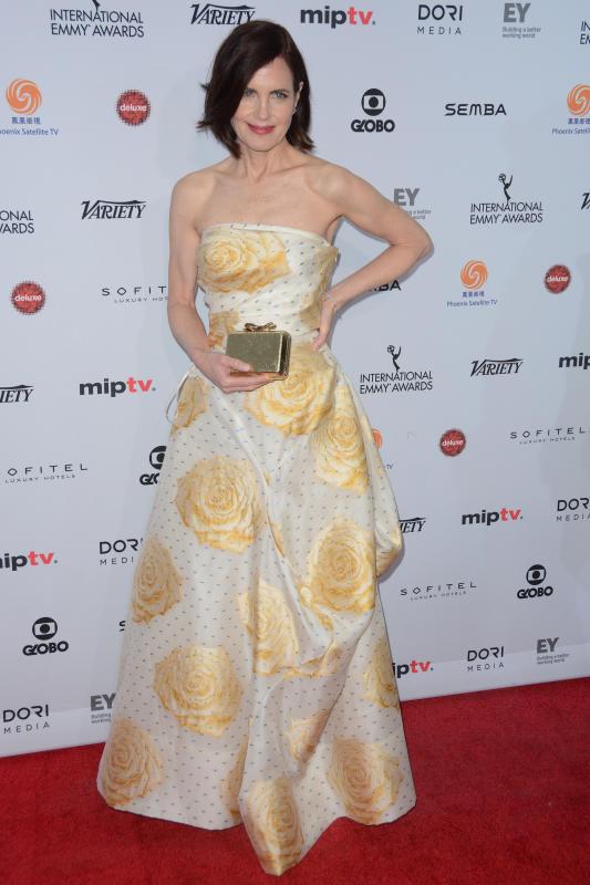 Elizabeth mcgovern 43rd international emmy awards