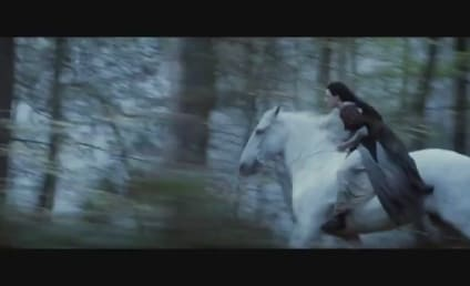 Snow White and the Huntsman Teaser: Good and Evil, Bound Together