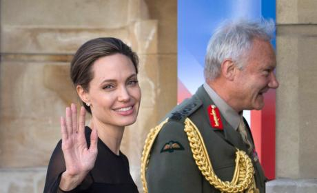 Angelina Jolie UN Peacekeeping Defence Ministerial Pic