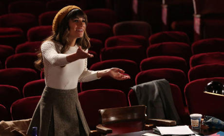 Glee Season 6 Spoilers: What Brings Rachel Home?