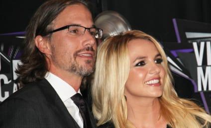 "Britney Spears, Jason Trawick Planning ""Low-Key"" Wedding"