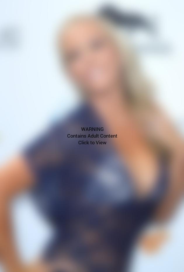 Kendra Wilkinson in Vegas