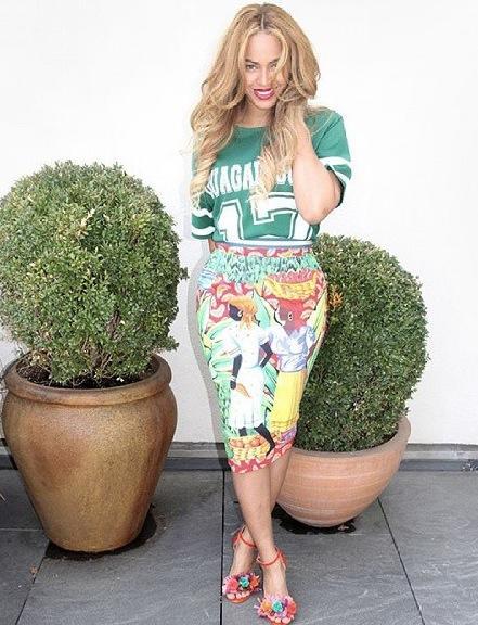 Beyonce posing
