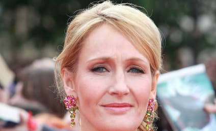J.K. Rowling Slams Racists, Defends Casting of Black Actress as Hermione in Harry Potter Play