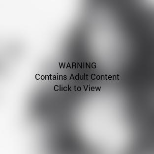 Kylie Jenner Cleavage Selfie