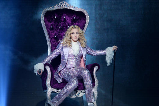 Madonna Honors Prince