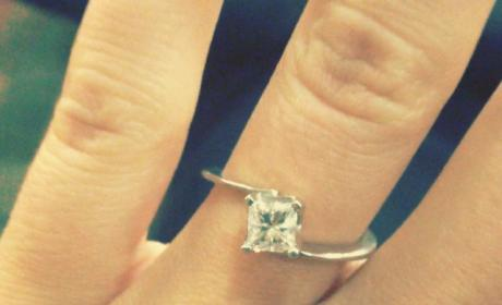 Jessa Duggar Shows Off Engagement Ring, Gushes Over Ben Seewald