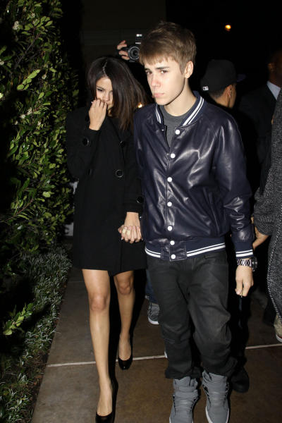 Justin Bieber and Selena Gomez at Dinner