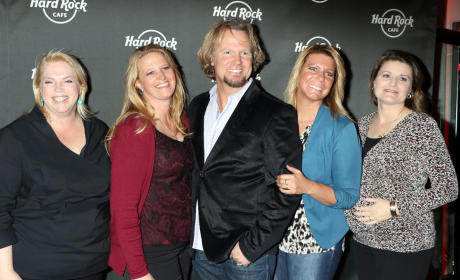 'Sister Wives' Stars Celebrate Hard Rock Cafe Las Vegas' 25th Anniversary