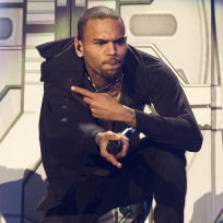 Chris Brown Singin'