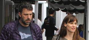 Jennifer Lopez Broke Up Ben Affleck and Jennifer Garner, Ridiculous Source Claims