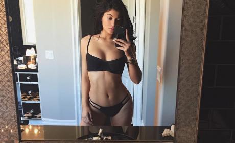 Kylie Jenner, Bikini-Clad