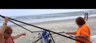 Florida Man Confronts Beach Thieves
