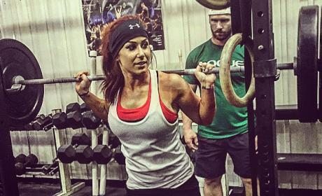 Chelsea Houska Works It