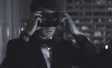 Fifty Shades of Grey Sequels: Release Dates Announced!!