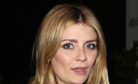 Hey, Normal Guys, You Could Date Mischa Barton!