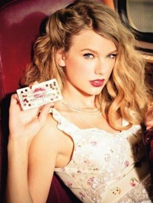 Taylor Swift Glamour Photo