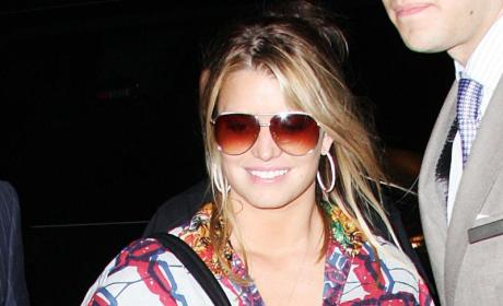 Jessica Simpson Airport Fashion: Hit or Miss?