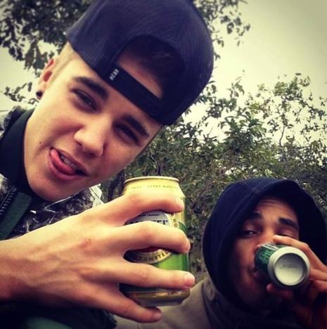 Justin Bieber Beer Pic