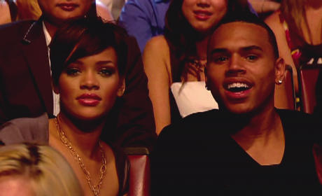 Rihanna Thanks Fans, But Won't Discuss Chris Brown
