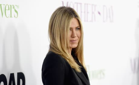 Nancy Dow, Mother of Jennifer Aniston, Dies at 79
