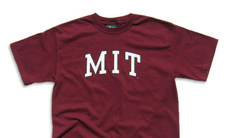 Woman in MIT Shirt Barred From Voting in Florida