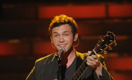 Phillip Phillips Loves Girlfriend, Embraces Talent