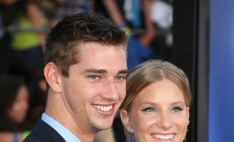 Heather Morris: Engaged to Taylor Hubbell!