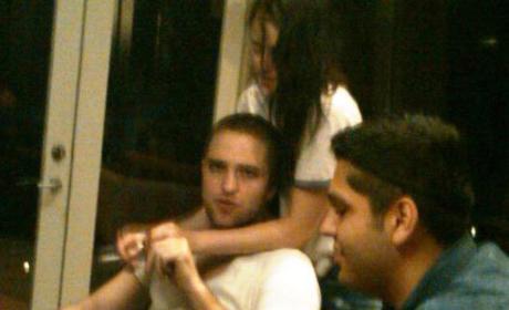 Robert Pattinson and Kristen Stewart: Caught Canoodling!