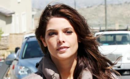 Ashley Greene: Confirmed for Breaking Dawn, Not Aroused by Robert Pattinson