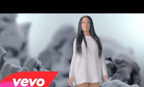 "Nicki Minaj Music Video - ""Pills N Potions"""