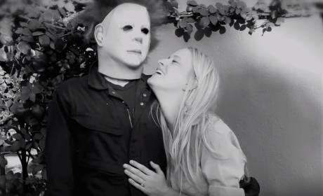 Boyfriend Stages Killer Proposal, Pretends to Be Michael Myers