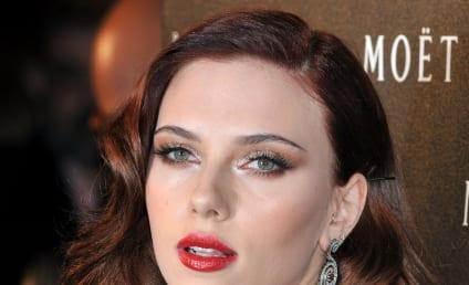 Scarlett Johansson, Ryan Reynolds Do New York City, Each Other