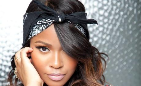 Simone Battle Dies of Apparent Suicide; Former X Factor Contestant Was 25