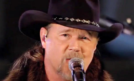 Trace Adkins Confederate Flag Earpiece: Right, Wrong or Irrelevant?