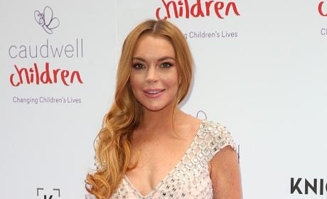 Lindsay Lohan: I Threw My Fiance's Phone in the Ocean as a JOKE, You Guys!