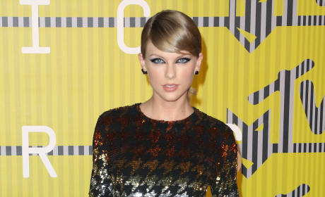 "Taylor Swift DUMPS Calvin Harris Over His Love of ""Happy Ending"" Massages?!"